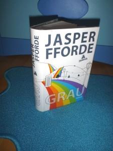 """Cover von Jasper Ffordes Buch """"GRAU"""""""