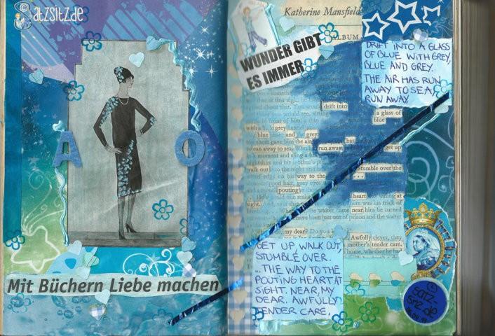 """Blaue collagierte Doppelseite von das A&O im Upcycling Blog-Buch mit einem """"Hidden Poem"""""""