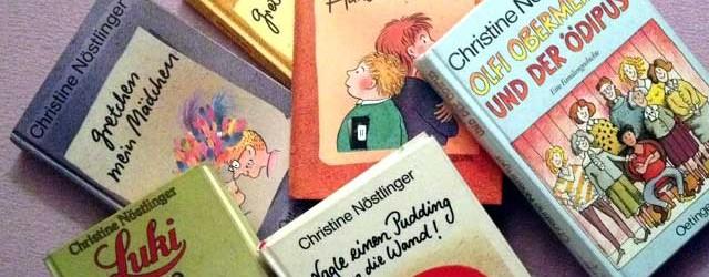 6 Jugendbücher von Christine Nöstlinger auf einem bunten Haufen